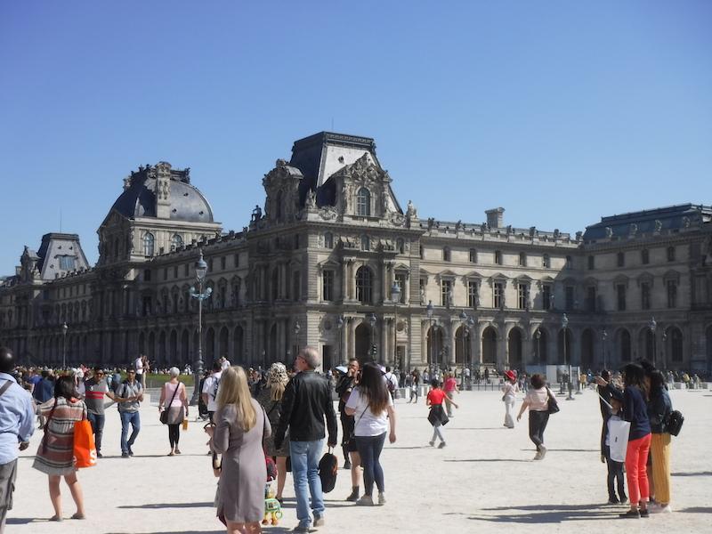 Louvre exterior.jpg