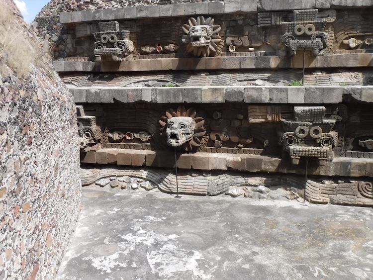 Quetz temple copy.jpg